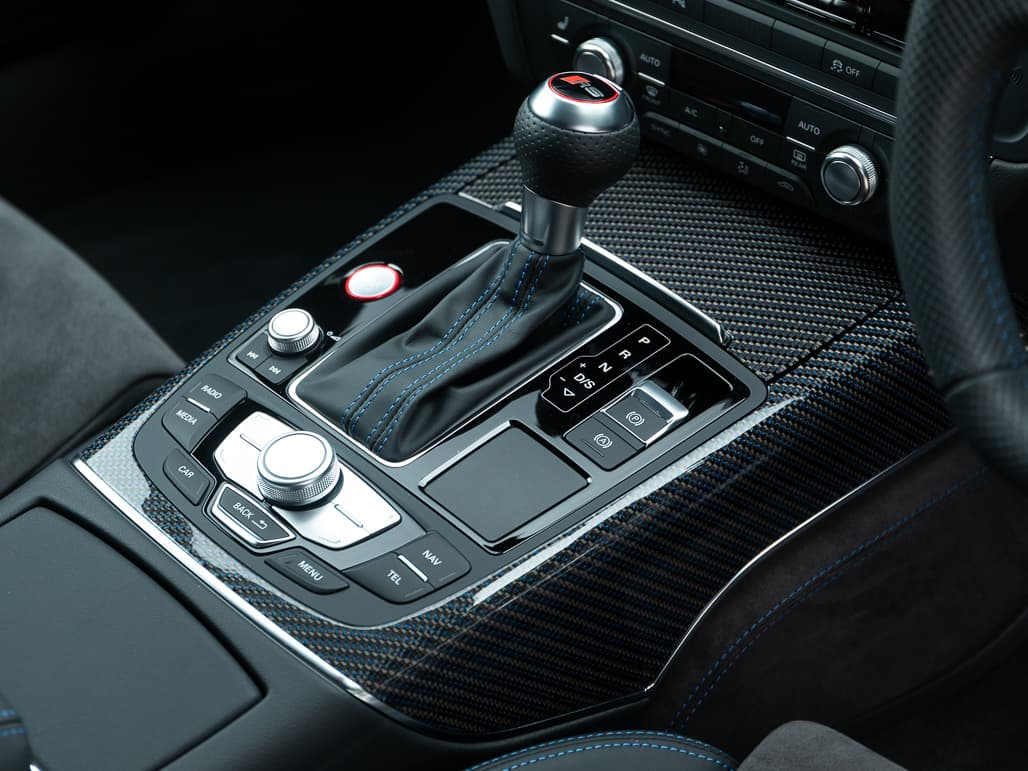 Audi RS6 Avant - Interior Controls